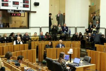 """Consiglio regionale, presenta legge per tagliare gli stipendi dei politici: """"Gesto di responsibilità"""""""